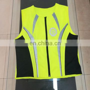 100% polyester make a reflective safety vest