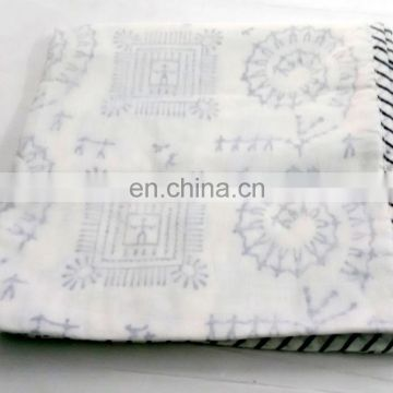 lozenge shap Indian Cotton White Damask Hand Block Printed AC Quilt Dohar