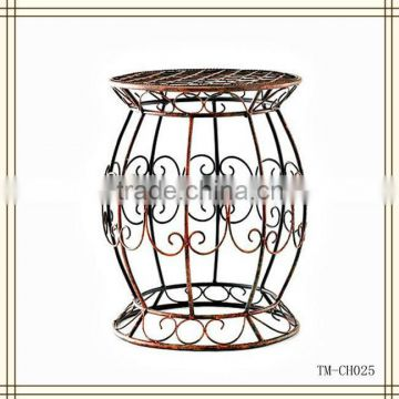 2013 New Design Wrought Iron garden seat