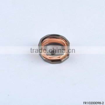 Mixture color bolt ring set polygon rings