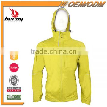 Wholesale Brand Name Men Women Gym Coat Sports Clothes with OEM ODM Available