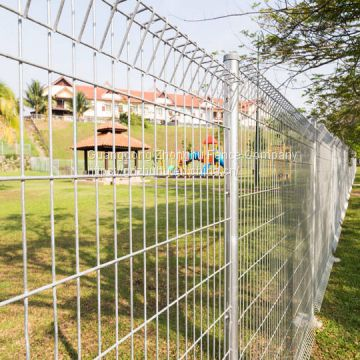 Roll top fencing panels rigid welded wire mesh fence in 6 gauge 8 gauge