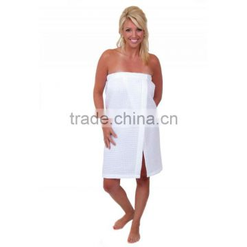Luxury terry towelling bath wrap
