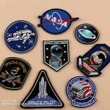 Hot sale custom garment embroidery patches/clothing embroidery badges