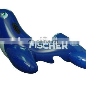 Inflatable pool float rider