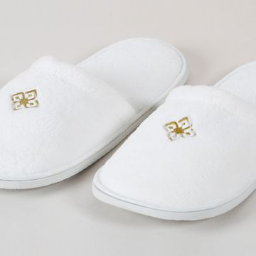 Eliya Custom Spa Disposable Closed Toe Hotel Slippers With Eva Sole