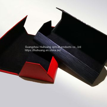 Trapezoid body, wood grain leather, manual glasses case