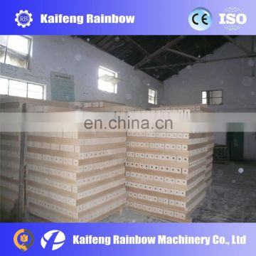 Good Feedback High Speed wood block press machine wood sawdust board making machine hot press wood pallet block feet machine