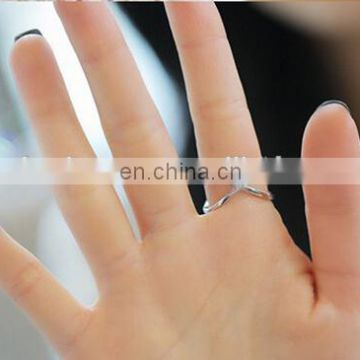 Zinc Alloy Material Type and Rings, Ring Jewelry Type Criss Cross Rings