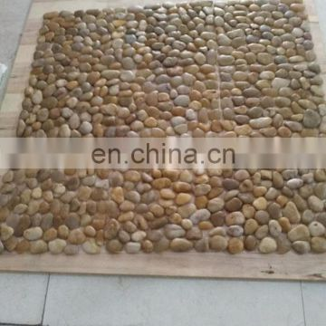 Mixed color cobble stone mesh back