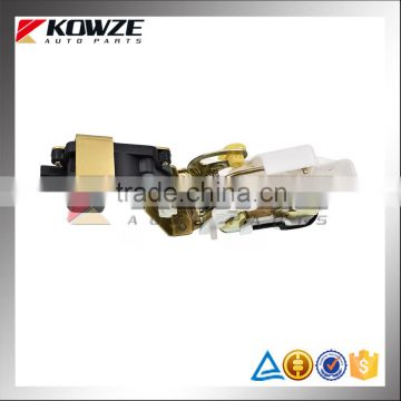 Front Door Locking Latch For Mitsubishi Pajero Montero V73 V75 V77 V78 V93 V97 V98 MR512243 MR512244