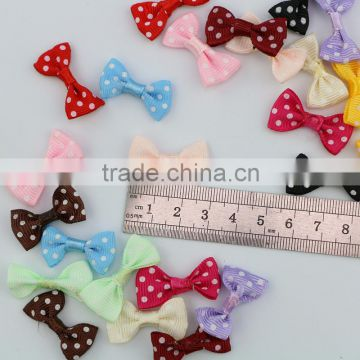 China factory wholesale polka dots Mini grosgrain ribbon bow for garment accessories in stock