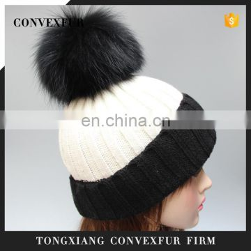 Wholesale custom winter ladies acrylic knitting beanies hat with pompon for lady