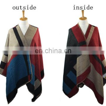 B20151013 With chequer bordure poncho