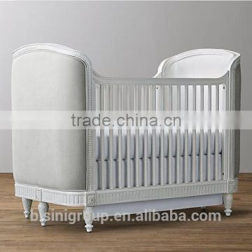 American Style Elegant Cot Baby Bed New Classical Solid Wood Baby