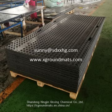 HDPE ground protection panel