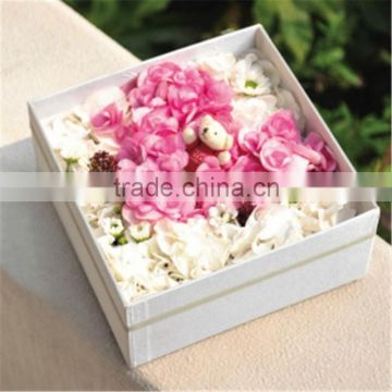 flowers arrangements in box &box plate foam