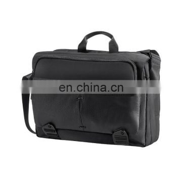 Fashionable messenger bag with laptop compartment