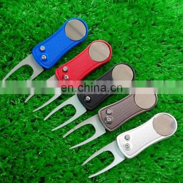 Retractable Switchblade golf divot tool with ball marker Customm colors divot repair tool