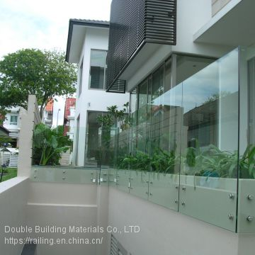 Wall Mounted Frameless Juliet glass balustrade