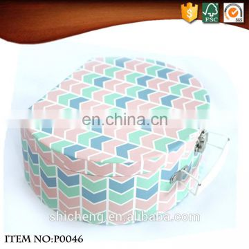 2016 New Style Semi-circle paper cardboard suitcase box with handle