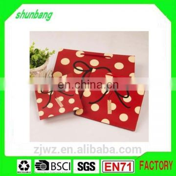 2015 fashion commercial red string retail paper gift bag for promotion