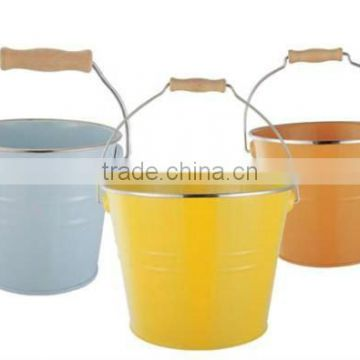 Handle Storage water bucket