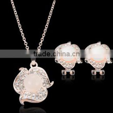 Rose form the European and American necklaces earrings bridal wedding banquet set wedding dress accessories