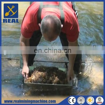 Portable and detachable rust resisting steel gold pan