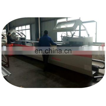 Five-axis aluminum profiles double-head sawing machine