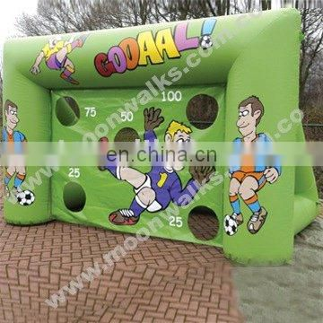 Great attraction inflatable football toss game outdoor fun