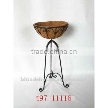 flood standing metal plant holder with coco fiber