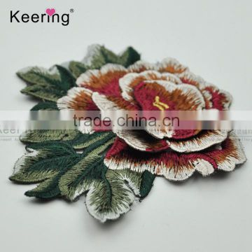 2017 new arrival designs beautiful embroidery patch flower applique from keering WEF-763