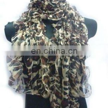 2012/FASHION /PRINTED SCARF