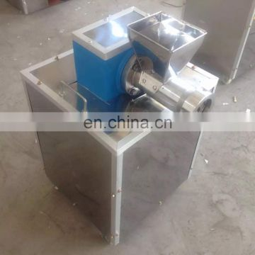 New Design Economical Small pasta making machine with precise and beautiful in appearance