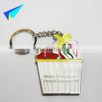 2016 New coming christmas enamel keychains custom for decoration