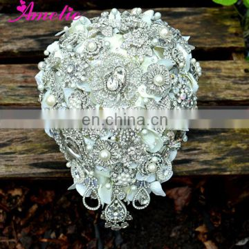 Vintage Wedding Brooches Bouquets