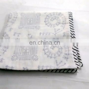lozenge shap Indian Cotton White Damask Hand Block Printed AC Quilt Dohar 14s