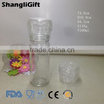 Plastic Grinder With Round Glass Jar
