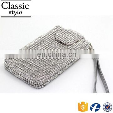 CR Low MOQ requirements diamond surface iron button design long chian rectangle shaped silver top selling fashion neck wallet