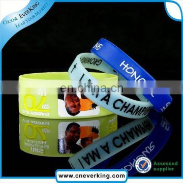 Fashion charm silicone rubber bracelet wholesale