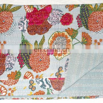 Vintage Kantha quilt Indian Reversible Quilts Pure Cotton Made Kantha Quilt / Blanket / Throw Bedspread