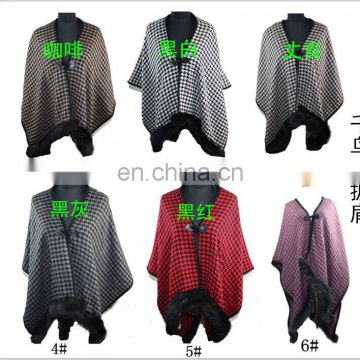 B2015 With chequer bordure poncho