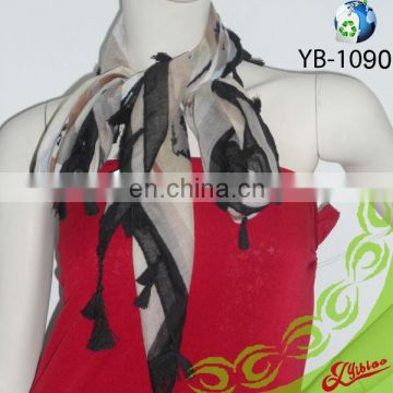 New Design Floral Printing Fashion Polyester-Voile Scarf with Fringes