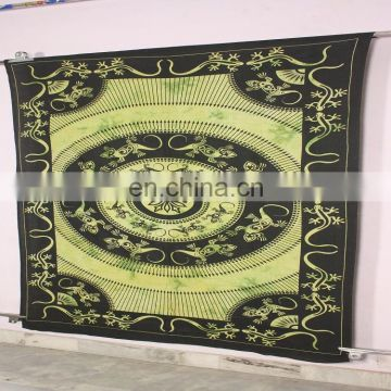 Wholesale Custom Printed Indian and Bohemian Style Beautiful New Wall Lizard Mandala Tapestry Hippie Tapestry