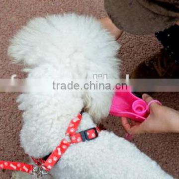 High quality plastic pet water feeder/portable pet water feeder
