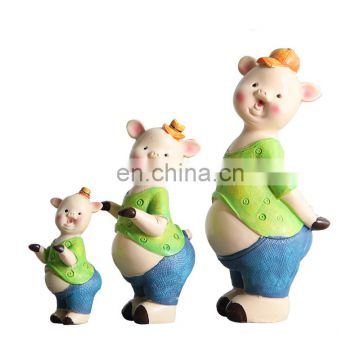 resin lifelike and cute pig family figure for kids gift
