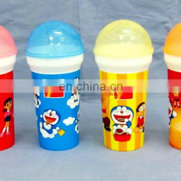 2015 hot sale plastic cartoon character cup