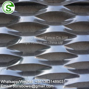 Hole patterns of decorative expanded metal mesh