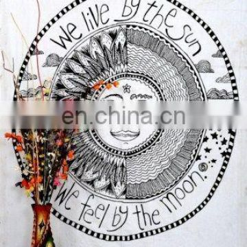 White Psychedelic Sun Moon Star Indian Hippie Tapestry Wall Hanging Tapestries Bohemian Bedspread Ethnic decorative Home art